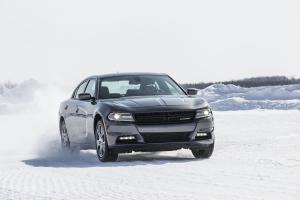 Dodge Charger SXT AWD 2015 года