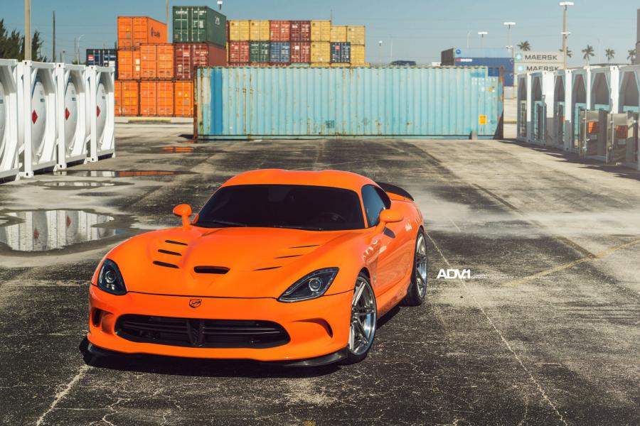 Dodge Viper on ADV.1 Wheels (ADV06R Track Spec CS)