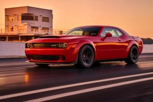 Dodge Challenger SRT Demon 2017 года