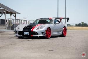 Dodge Viper ACR on Vossen Wheels (VPS-306) 2017 года