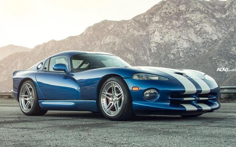 Dodge Viper SRT on ADV.1 Wheels (ADV05 TRACK SPEC)