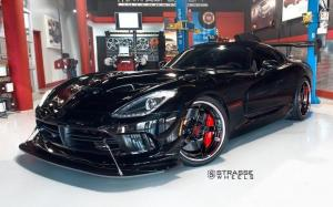 Dodge Viper ACR on Strasse Wheels (S5 Signature Series) '2018