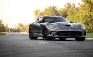 Dodge Viper GTS on Strasse Wheels (SM5 Deep Concave) 2018 года