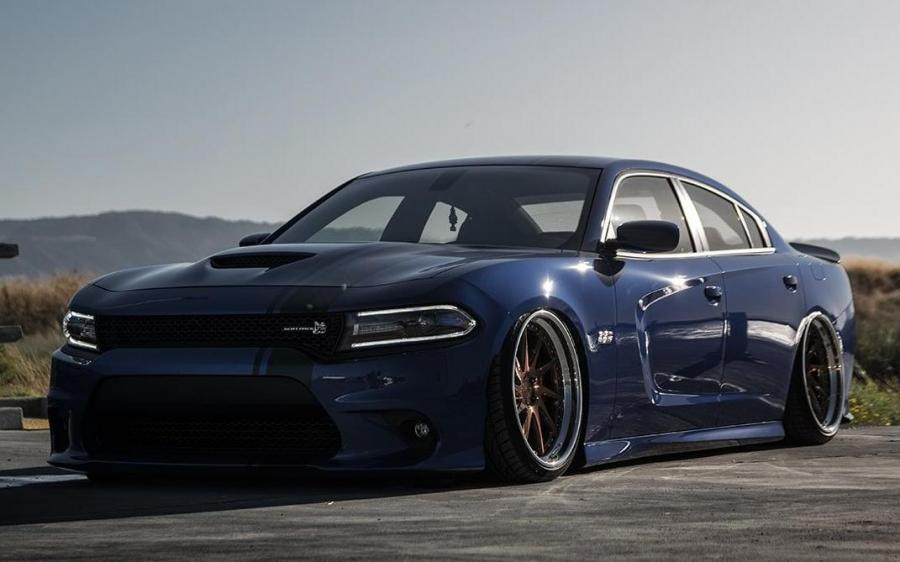 Dodge Charger R/T Scat Pack on Avantgarde Wheels (AG F521)