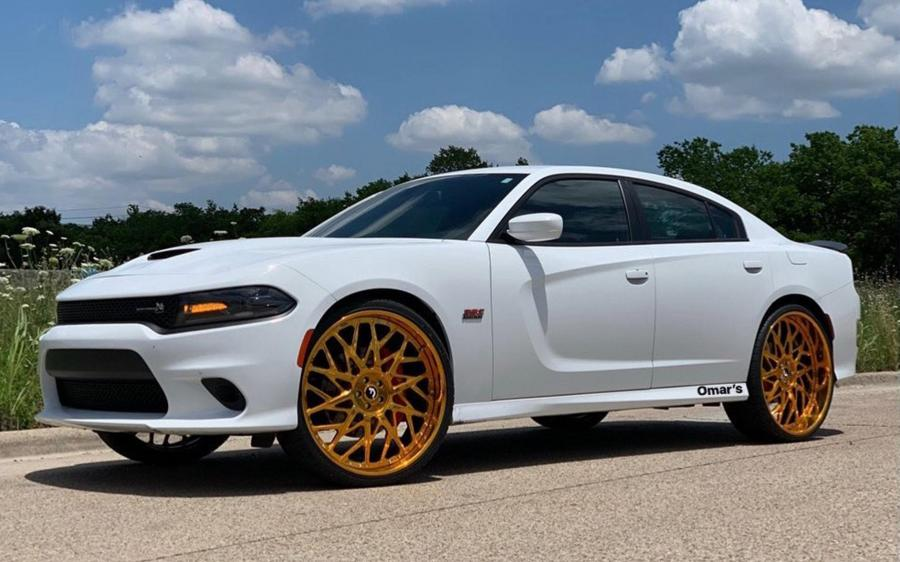 2019 Dodge Charger R/T Scat Pack White on Forgiato Wheels (Blocco)