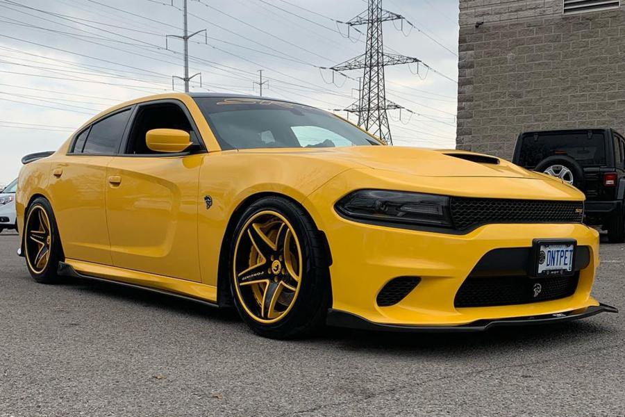 2019 Dodge Charger SRT Hellcat on Forgiato Wheels (Classico-ECL)