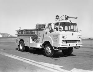 FWD-Yankee 4x4 Crash Truck