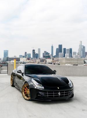 2018 Ferrari FF on ADV.1 Wheels (ADV5.0 TRACK SPEC CS)