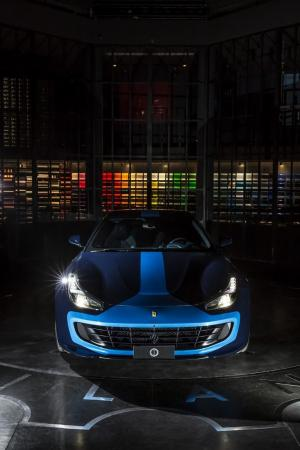 2018 Ferrari GTC4Lusso AZZURA by Garage Italia Customs