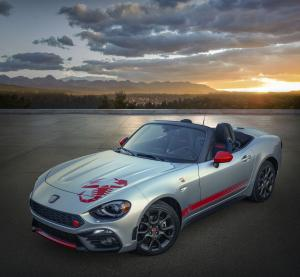 Fiat 124 Spider Abarth Scorpion Sting 2019 года