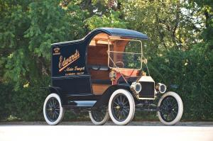 Ford Model T C-Cab Delivery Car 1913 года