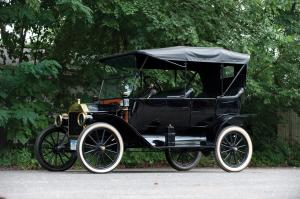 Ford Model T Touring 1914 года