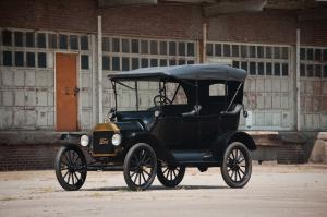 1916 Ford Model T Touring