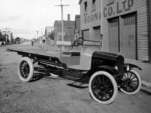 1918 Ford Model TT Flatbed by Boon & Co