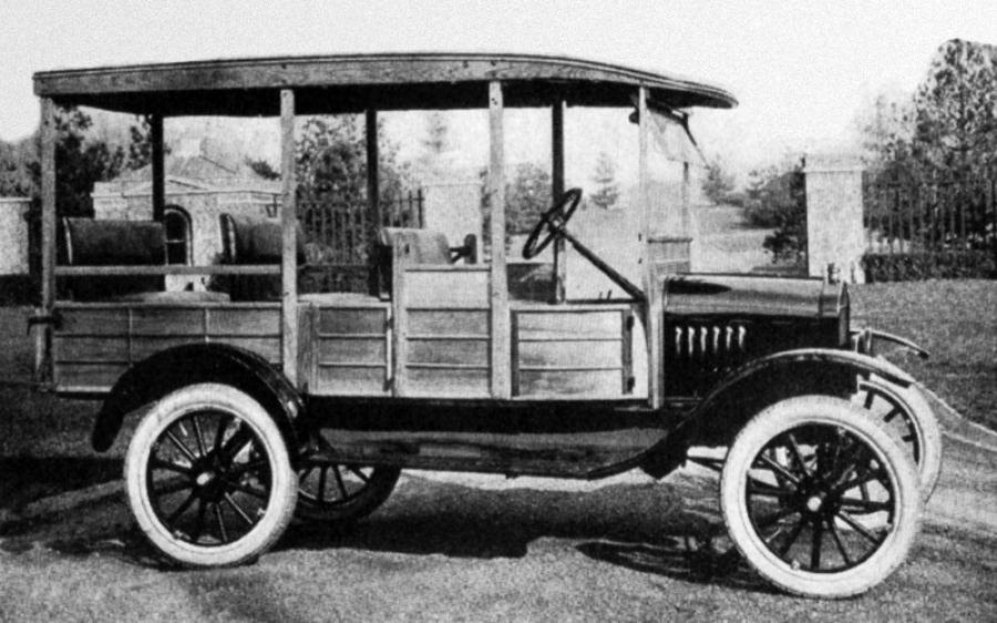 1922 Ford Model T Cantrell Suburban