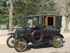 1923 Ford Model T Town Car