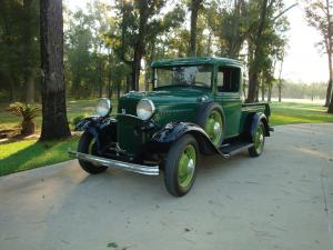 1932 Ford DeLuxe Pickup Truck
