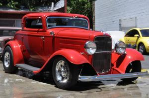 1932 Ford Hot Rod Deuce Coupe