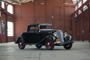 1933 Ford V8 DeLuxe 3-Window Coupe