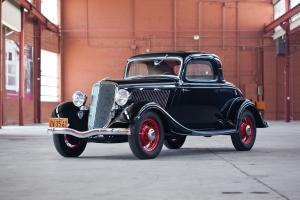 Ford V8 DeLuxe 3-Window Coupe 1934 года