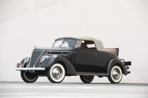 1937 Ford V8 DeLuxe Roadster