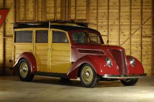 1937 Ford Woodie Custom Station Wagon
