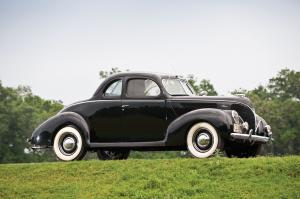 Ford DeLuxe 5-Window Coupe 1938 года