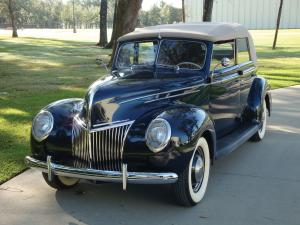 Ford DeLuxe Convertible Sedan 1939 года