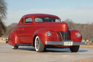 Ford Coupe Custom 1940 года