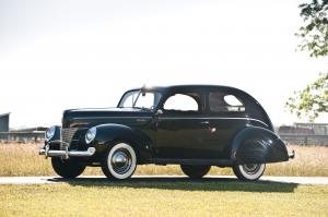 1940 Ford DeLuxe Eight Tudor Hardtop