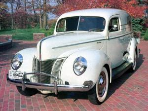 1940 Ford V8 Deluxe Sedan Delivery
