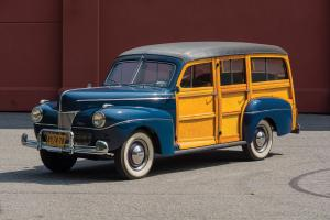 1941 Ford V8 Super Deluxe Station Wagon