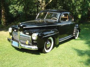 Ford Super DeLuxe Coupe 1942 года