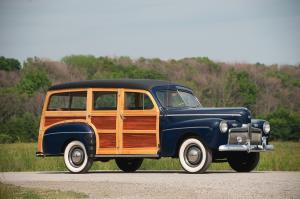 1942 Ford Super DeLuxe V8 Station Wagon