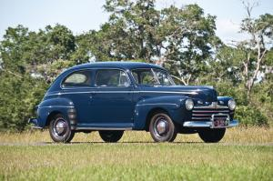 1946 Ford Super DeLuxe 2-Door Sedan