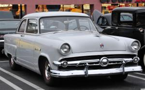 1954 Ford Mainline Tudor