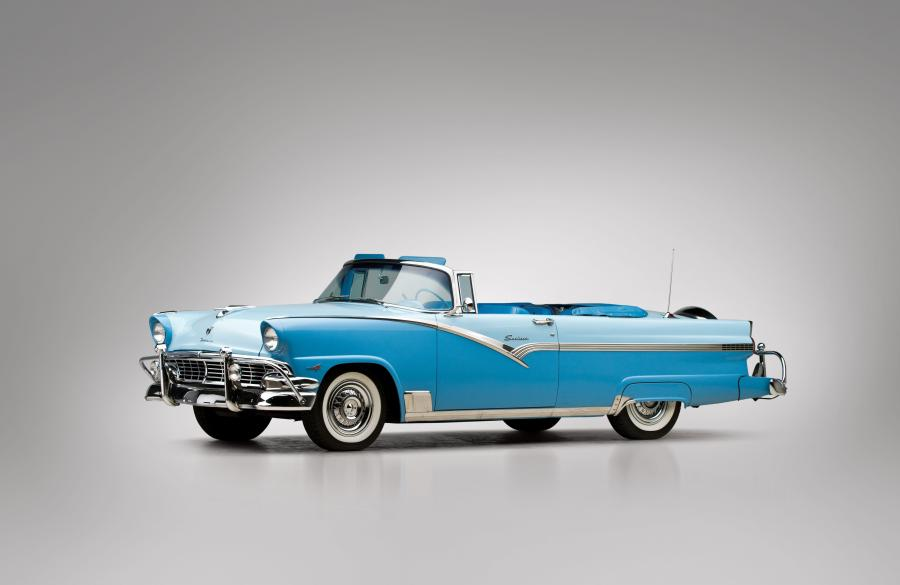 Ford Fairlane Sunliner Convertible White & Blue