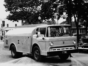 Ford C-600 Sweeper 1957 года