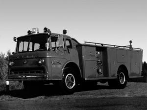 1964 Ford C-750 Firetruck
