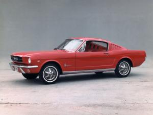 Ford Mustang Fastback 1965 года