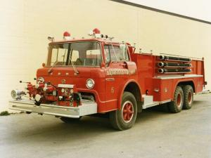 1968 Ford CT900 Firetruck by FTI