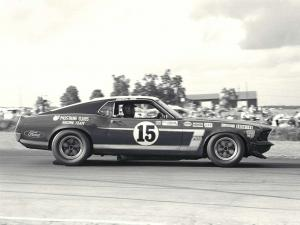 1969 Ford Mustang Boss 302 Sportroof Parnelly Jones & George Follmer Race Cars