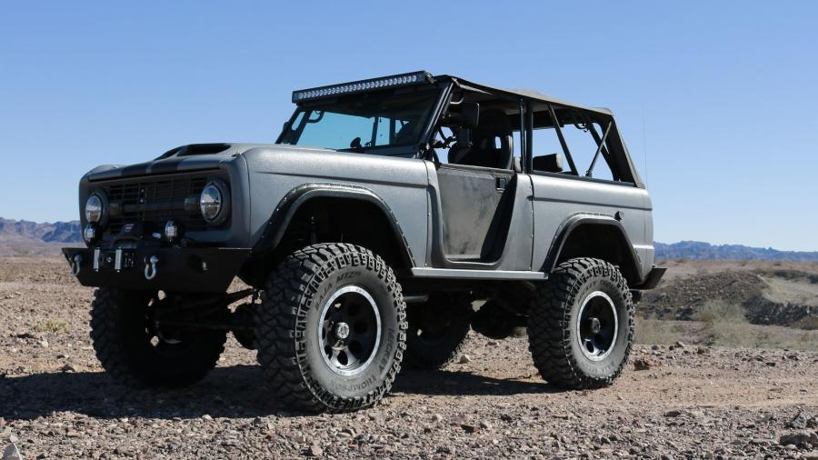 1975 Ford Bronco by Zero to 60 Designs