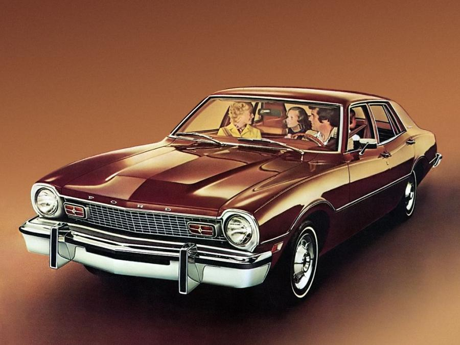 Ford Maverick 4-door Sedan