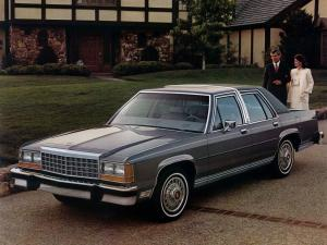Ford LTD Crown Victoria 1983 года