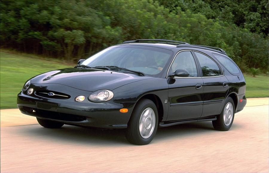 Ford Taurus Wagon '1996