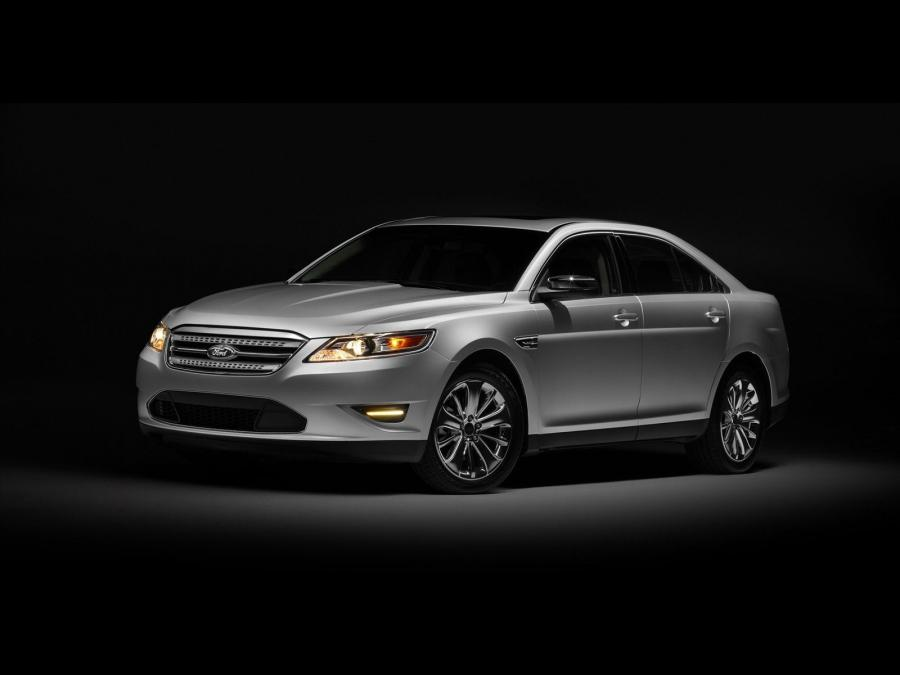 Ford Taurus Limited '2010