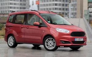 2014 Ford Tourneo Courier (Race Red)