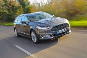 2015 Ford Vignale Mondeo Estate (UK)