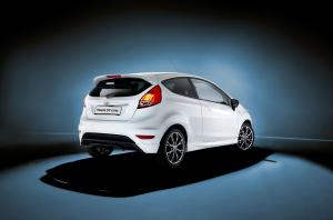 Ford Fiesta ST-Line 2016 года